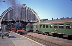 38 1182  Gera  28.05.92 (w. + h. brutzer) Tags: gera 38 germany zug trains train steam railway lokomotive eisenbahnen eisenbahn deutschland dampfloks locomotive db dr webru analog nikon