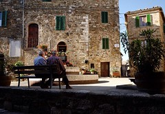 Castelnuovo: an old town film of history ❗️#like #follow #castelnuovodellabate #montalcino #tuscany #italy #travel #discover #enjoy #nature #town #medioeval 👍 (borghettob) Tags: follow castelnuovodellabate montalcino tuscany italy travel discover enjoy nature town medioeval