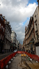 Brook Street (John Steedman) Tags: uk unitedkingdom england イングランド 英格兰 greatbritain grandebretagne grossbritannien 大不列顛島 グレートブリテン島 英國 イギリス ロンドン 伦敦 w1 brookstreet