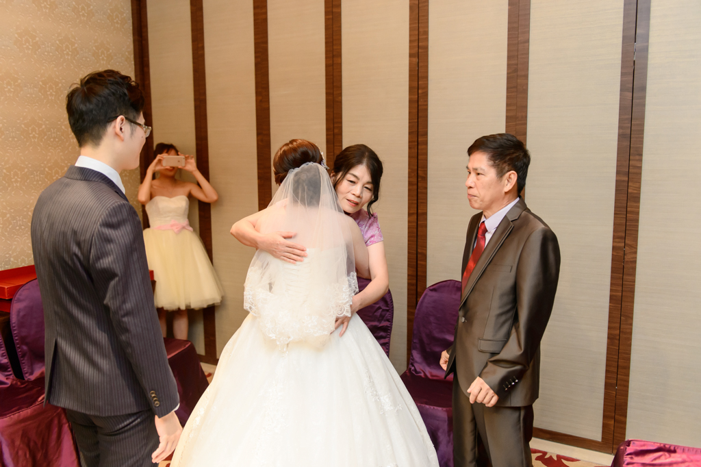 婚攝小勇, 小寶團隊, 台北婚攝, 中崙華漾, 中崙華漾婚宴, 中崙華漾婚攝, vivian, wedding day-026
