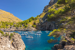 cala de Calobra, Palma de mallorca (phooneenix) Tags: cala calobra palma mallorca mar montaña