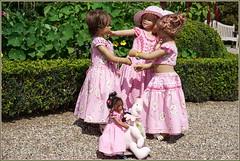 Kindergartenkinder ... (Kindergartenkinder) Tags: schlossanholt annemoni milina dolls himstedt annette park kindergartenkinder sommer wasserburg margie leleti