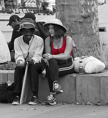 Parijs; Place de la République 1 (Henk Overbeeke Atelier54) Tags: street candid girl paris placedelerépublique hat photoshop selectivecolor man