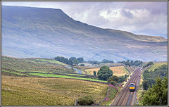 Get Shorty (david.hayes77) Tags: yorkshire yorkshiredales sc settlecarlisle 2017 wildboarfell lunds class66 shed 66425 drs directrailservices engineerstrain 6k05 willowherb b6259 shotlockhilltunnel landscape networkrail