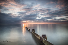 Image 0478 - Peaceful and Placid (Ray McIver Photography) Tags: blythlanding blythgroyne crespuscular godrays le cloudy hightide sunrise