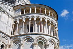 Pisa's Duomo, columned hemispherical vault, Italy (GSB Photography) Tags: italy pisa tuscany duomo vault apse columns arches santamariaassunta romanesque campodeimiracoli fieldofmiracles piazza square christianity church cathedral reglious catholic medieval europe european italian art galileo unesco inspiring beauty devotion nikon d60 building detail 100v10f aplusphoto