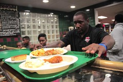 "thomas-davis-defending-dreams-foundation-thanksgiving-at-lolas-0023 • <a style=""font-size:0.8em;"" href=""http://www.flickr.com/photos/158886553@N02/37013339812/"" target=""_blank"">View on Flickr</a>"