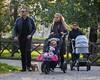 Celeste Trussardi, Sole Trussardi, Michelle Hunziker (yeulathathu345) Tags: passeggini famigliafelice giardini passggiare guardiadelcorpo babysitter paparazzata mamma milano