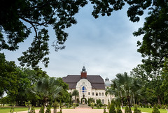 Phra Ramrajnivet Palace, Petchaburi (aey.somsawat) Tags: kingramav palace petchaburi phraramrajnivetpalace thailand westernthaiarchitecture