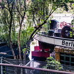 "Berlin D <a style=""margin-left:10px; font-size:0.8em;"" href=""http://www.flickr.com/photos/129463887@N06/37207952961/"" target=""_blank"">@flickr</a>"