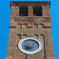 The oldest tower clock in the world (B℮n) Tags: st andrew's church chioggia oldest clock veneto lagoon island cathedrale fishmarket harbor fishing port pace life italië italia italy ronams clodia seafood panorama panoramico boat ships tour locals canals boats unspoiled bridgde town colors tourism vacation holiday summer architecture historic authentic canal vena tower standrew dondi numerals 12sunburst sun hours ancient 50faves topf50