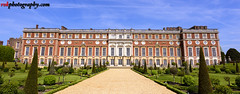 Hampton Court Palace, London (rvk82) Tags: england hampton hamptoncourt hamptoncourtpalace history london may may2017 nikkor1424mm nikon nikond810 rvk rvkphotography raghukumar raghukumarphotography wideangle wideangleimages rvkphotographycom eastmolesey unitedkingdom gb rvkonlinecom
