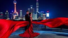 Mariage à Shanghai. (Gilles Daligand) Tags: chine china shanghai bund mariage robe rouge pudong tours leica q wedding