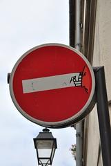 Clet Abraham (emilyD98) Tags: street art insolite rue mur wall urban exploration panneau fake road sign roadsign paris la butte aux cailles 75013 13 ème 13ème clet abraham sticker sens interdit installation city ville