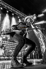 Leiva - Monstruos Tour (Alcalá de Henares) (MyiPop.net) Tags: leiva monstruos tour alcalá de henares madrid concierto directo show live alcala vivo myipop 2017