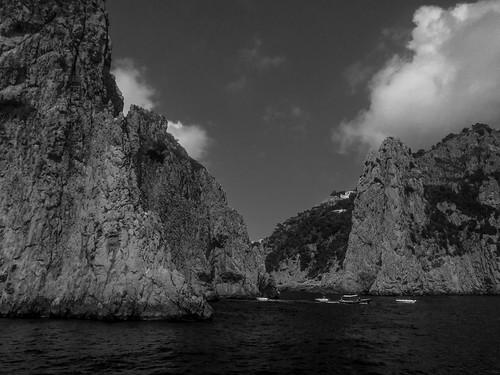 Capri Faraglioni Rock Formations | 170820-2220-jikatu