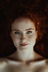 maren. (sandra.scherer) Tags: analora analoraphotoart freckles sommersprossen redhead 35mm availablelight blueeyes natural naturelover summer