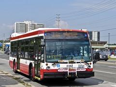 Toronto Transit Commission 8692 (YT   transport photography) Tags: ttc toronto transit commission nova bus lfs