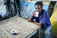 IDPs in Dili 3 june 2007.JPG-23 (undptimorleste) Tags: dildistrict idps internallydisplacedpeople man metinaro