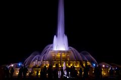 Buckingham Fountain (mariola aga) Tags: chicago buckinghamfountain night evening fountain water jets colorfullight people silhouettes grantpark thegalaxy