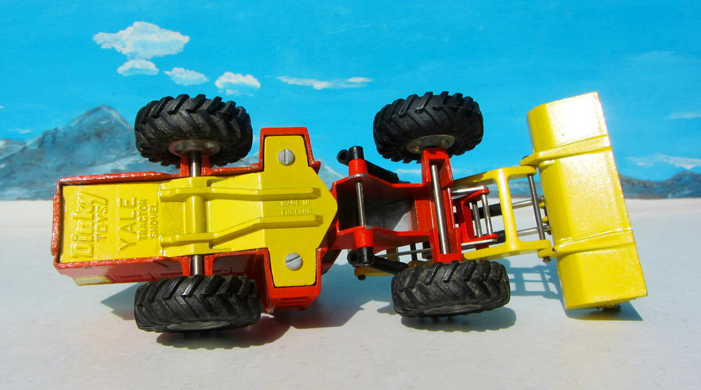 Articulated Tractor Toys And Joys : The world s best photos of articulated and diorama