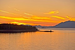 Catch it While You Can in Ketchikan (brev99) Tags: d610 tamron28300xrdiif cruise alaska ketchikan ononesoftware on1photoraw2017 sunset sunsetlight colorefex seascape