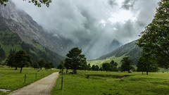Sunrays breaking through the clouds (johannesotte84) Tags: eng alm österreich austria alps strahlen sonnen wolken decke durch wandern hiking hike urlaub holiday europe traditional vlley valley tal otte