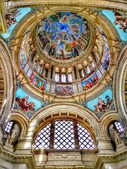 The dome of the museum...🎨 (carlesbaeza) Tags: dome cúpula arquitectura arte obradart obradearte barcelona museum catalunya catalonia architecture travel