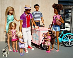 Ice cream for everyone! 😊 (Deejay Bafaroy) Tags: barbie mattel doll puppe dolls puppen madetomove mtm body blonde blond sunny sonnig outdoors draussen thierryhenry kickomania actionfigure ken male homme stacie tamika chelsea girl girls mädchen child children kid kids kind kinder asha black moxiegirlz icecreambike 16 scale playscale miniature miniatur dog hund pink rosa blue blau red rot purple lilac violett lila green grün turquoise türkis hat hut stripes streifen striped gestreift pug mops shoes schuhe diorama icecream eis glace