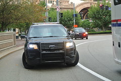 Allegheny County Sheriffs Office (Emergency_Spotter) Tags: fpiu ford america art awd agressive allegheny county sheriffs office setina whelen liberty steel steelies redandblues antenna spotlight spot reflective orange white blackandwhite police suv sheriff municipal blue plate cop cops black led oval deputy turned federalsignal cencom centerconsole centercaps fordpoliceinterceptorutility interceptor policeinterceptor acso