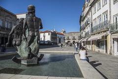 IMGP7253 (petercan2008) Tags: plaza republica estanque castillo viana do castelo portugal europa