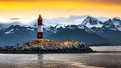 Farol del fin del mundo (Valter Patrial) Tags: beagle channel ushuaia farol patagônia montanhas inverno neve nevados lighthouse patagonia mountains winter snow snowy inexplore