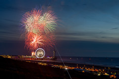 Fireworks (graemea00) Tags: fireworks thehague festival nighttime longexposure canon canon6d canon1740mm canonlens scheveningen netherlands nederlands pier ferriswheel water night northsea bungee colour color colourful outside august beach sky red green yellow blue black landscape summer sea city denhaag vuurwek