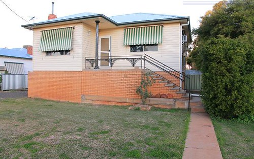 12 Collins St, Narrabri NSW 2390