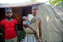IDPs in Dili 3 june 2007.JPG-57 (undptimorleste) Tags: dildistrict idps internallydisplacedpeople metinaro woman women