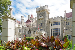 DSC08948 - Casa Loma (archer10 (Dennis) 107M Views) Tags: ontario sony a6300 ilce6300 18200mm 1650mm mirrorless free freepicture archer10 dennis jarvis dennisgjarvis dennisjarvis iamcanadian novascotia canada toronto casaloma mansion castle estate