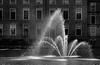 Spuit 7 in de Hofvijver (Bram Meijer) Tags: denhaag thehague zwartwit blackwhite blackandwhite nederland netherlands fontein fountain parlement housesofparliament