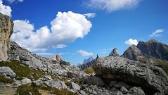 Dolomiti. Verso il Nuvolau.. Expl. (ennios2000) Tags: cielo paesaggio roccia montagna versantemontagna passogiau dolomitibellunesi sky nature blue clouds landscape nuvole platinumheartaward