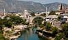 Mostar (JoHeyFotografie) Tags: 2017 balkan südosteuropa balkans southeasterneurope mostar brücke bridge moschee mosque fluss river neretva altstadt oldtown starigrad unesco weltkulturerbe gebirge dinarischesgebirge dinariden bosnien herzegowina stadt city johey joheyfotografie canon5dmarkii dslr