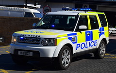Dorset Police | Land Rover Discovery | Roads Policing Unit | HF11 DZE (Chris' 999 Pics) Tags: dorset police rpu roads policing unit ciu collision investigation forensic scientific fciu traffic car emergency response vehicle law enforcement security protection protect 999 112 land rover discovery 4x4 off road hf11dze