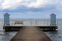 Heimat ist,wo das Meer ist ! (♥ ♥ ♥ flickrsprotte♥ ♥ ♥) Tags: schleswigholstein strand badehäuschen steg stein ostsee meer 2017 september sommer herbst explore 1892017
