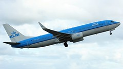 PH-BXB (AnDyMHoLdEn) Tags: klm 737 egcc airport manchester manchesterairport 23l