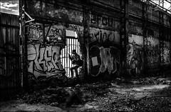 Sortir!!!  /  Go out!!! (vedebe) Tags: noiretblanc netb nb bw monochrome humain people decay urbain urbex ville city rue street usinedésaffectée usine architecture