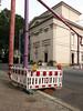 Die Rohre. / 02.08.2017 (ben.kaden) Tags: berlin berlinmitte dorotheenstrase maximgorkitheater rohre farben 2017 02082017