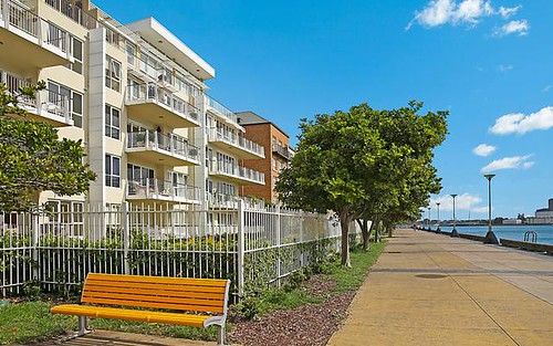 33/304 Wharf Road, Newcastle NSW