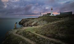 pointe st mathieu (cristgal56) Tags: finistère pointestmathieu presquîledecrozon abbaye phare mer poselongue coucherdesoleil