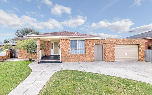1 Tench Ct, Mill Park VIC 3082