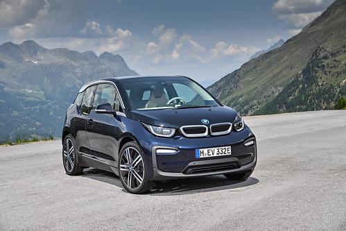 "BMW I3 2017 (15) <a style=""margin-left:10px; font-size:0.8em;"" href=""http://www.flickr.com/photos/128385163@N04/36078750323/"" target=""_blank"">@flickr</a>"