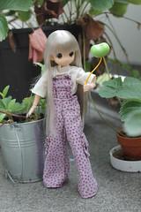 Mi globo es un corazón!! (Ninotpetrificat) Tags: mamachapp muñeca mamachapptoy toys japantoys japandoll doll dollclothes puppe globo luftballon hobby cute kawaii mono