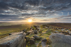Stanage Edge Sunset (John__Hull) Tags: sunset stanage edge derbyshire peak district countryside uk england rock formation calley fields valley clouds sky great ridge millstone nikon d3200 sigma 1020mm view nature breath taking landscapes